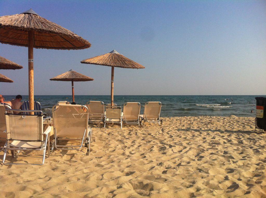 Плаж на бяло Море, Миродато-Гърция- 86км. от Златоград